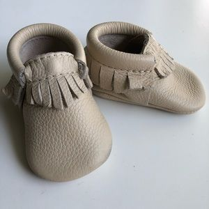 Freshly picked moccasins-premium leather, neutral